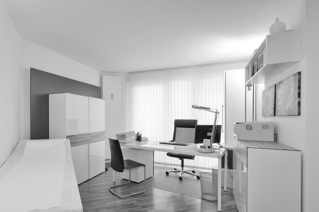 gemeinschaftspraxis carsten andrae torsten gstettenbauer rztehaus limmerstra e hannover. Black Bedroom Furniture Sets. Home Design Ideas